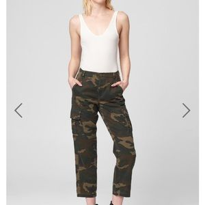NWT Blank NYC March On Camo cropped pants size 29